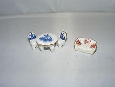 Winzige Nostalgie-Porzellan-Möbel-Kaufladen-Küche-Puppenhaus-Puppenstube