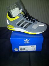 Deadstock... Adidas zx700...old school .. 100% genuine unisex trainers size 6 uk