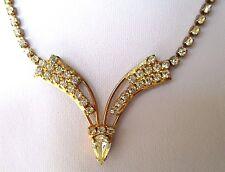 collier bijou vintage couleur or cristaux couleur diamant déco centrale V  176