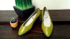 """Vintage 1960's 1970's Impo Women's 7.5 M """"Sleek"""" Green Pointed Flats Leather"""