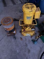Greenlee 960 saps hydraulic Pump And a Enerpac rc 1006 Cylinder 100 Ton used