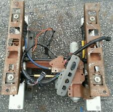 95 96-99 Chevy Surburban 1500 GMC TAHOE  DRIVER SIDE LEFT POWER SEAT TRACK