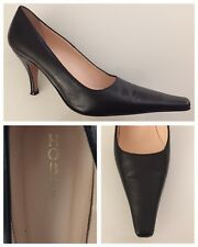 """Ladies Shoes Size 5.5 Black HOBBS Leather Small 3.5"""" Heel Feature Long Front"""