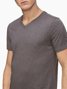 Bnew CALVIN KLEIN LIQUID TOUCH SLIM FIT V-NECK LOGO T-SHIRT, storm grey, Large