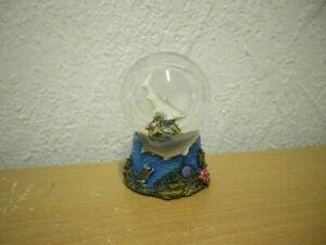 """Kleine Schneekugel """"Hai"""" (Kunstharz/Glas) / Small Snow Globe """"Shark"""""""