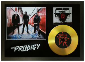 THE PRODIGY SIGNED GOLD DISC COLLECTABLE MEMORABILIA GIFT 'INVADERS MUST DIE'