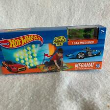 Hot Wheels Megamat Play Mat Felt 1 Car Included Race Car Toy Set 30744 New Green