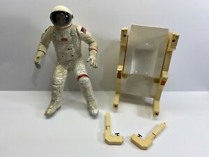 """10 1/4"""" Tall Revell Astronaut with MMU Professionally Built Model Kit No Reserve"""