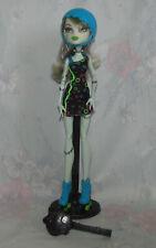 Monster High Do Franke Stein Skultimate Roller Maze - with Helmet, Stand