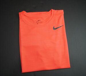 NIKE Dri-Fit Men's Superset Breathe Standard Fit Training T-shirt AJ8021 NWT $35
