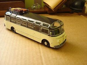 miniature hachette autocar isobloc 648 DP - 1955