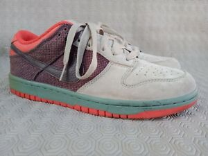 Nike Dunk Low Reed Boulder 318020-221 sneakers Size US 9 UK 8 Made In Vietnam