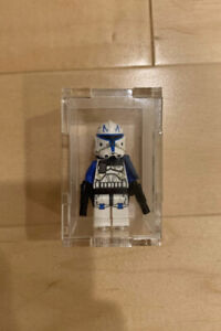Lego Star wars Captain Rex minifigure. Mint condition. Rebels and clone wars.