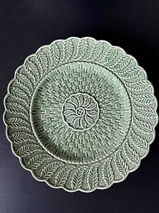 Bordallo Pinheiro Basket Weave Plate Green 10 1/2 inch Made in Portugal