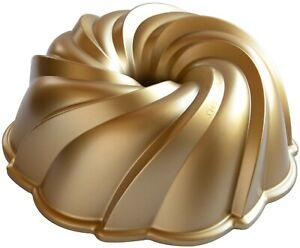 Nordic Ware Swirl Bundt Baking Pan