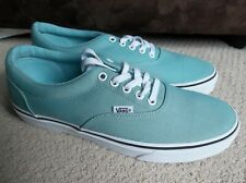 NEW MEN'S VANS AUTHENTIC SNEAKERS/SHOES SIZE 9.BRAND NEW FOR 2019. SALE!