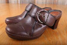 """Clarks Slip On Sandal 2 1/2"""" Heel Women's Size 5 1/2 M"""