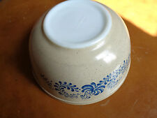 Pyrex HOMESTEAD   403 Speckled Brown Blue Flower Mixing Bowl