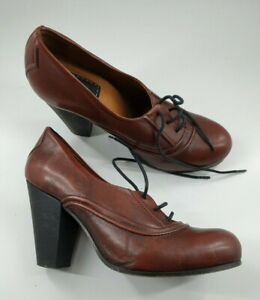 Bertie size 5 (38) brown leather lace up block heel court shoes