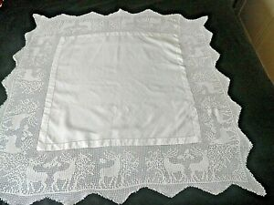 """STUNNING VINTAGE LACE EDGE AFTERNOON TEA TABLE CLOTH 36"""" BY 36"""" DEER IN LACE"""