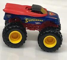 HUGE 2012 Hot Wheels Monster Jam SUPERMAN Truck 1:24 Big Cars 2584A1