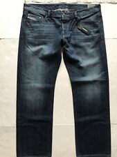 Diesel Viker Regular Straight Jeans. Size 40/32