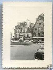Dijon .la place Rude .  Côte d'Or . Bourgogne . 1958