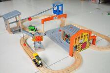 THOMAS WOODEN RAILWAY VICARSTOWN Diesel works Dieselworks Percy *RARE set*