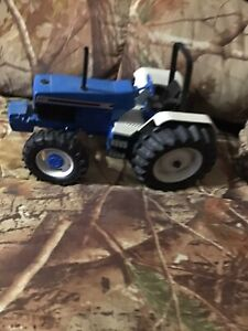 Ford 7740 1/16 Tractor Ertl