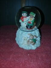 """Christmas Musical Snow Globe - plays """"Let It Snow"""""""