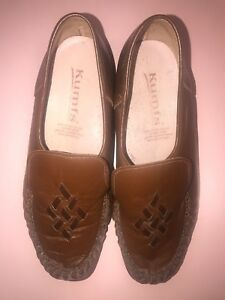 Kumfs Brown Slip On Flats