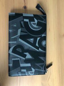 NEW SALVATORE FERRAGAMO SIGNATURE LEATHER ZIPPER CLUTCH in in black and grey