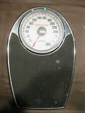 US: HEALTHOMETER PERSONAL SCALE CAPACITY 300 LBS - STEEL CONSTRUCTION LARGE FACE