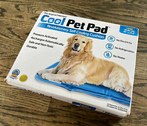 """The Green Pet Shop Cool Pet Pad (Large) 35"""" x 23.6"""" Brand New! Ships Fast!"""