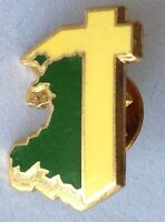 Cross Church Pin Badge Rare Vintage Religious (F4)