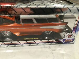 Rare 1:18 M2 Ground Pounders 1957 Chevrolet Nomad diecast