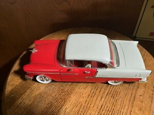ERTL Chevrolet Chevy Bel Air 1955 1/18 SCALE NO BOX ORANGE AND WHITE CHEVY
