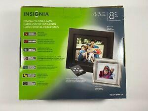 "Insignia 8"" Digital Picture Frame NS-DPF8WW-09 800 x 600"