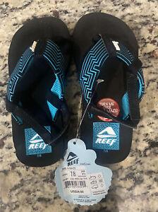 Kids Flip Flops Sandals size 7/8 boys  green /black Reef Cozy Maze Game