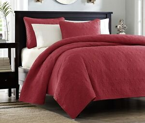 QUEBEC RUBY RED MATELASSE 3pc Queen QUILT SET : COTTON FILL COTTAGE COVERLET