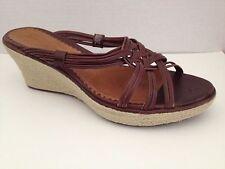 Clarks Artisan Shoes Womens Size 8 M Sandals Brown Heels 8M Open Toe