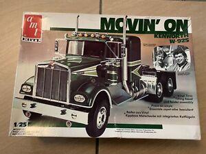 AMT 1/25 Kenworth W-925 MOVIN' ON Truck Model Kit. Unbuilt.