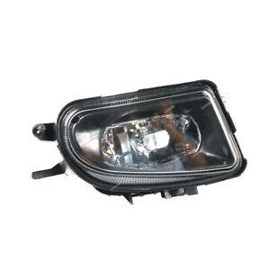 RH Fog Light For 98-03 MERCEDES BENZ C43 CLK320 E320 E430 SLK230 CLK E SLK Class