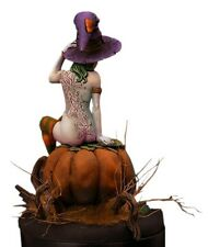Kabuki Models 21st Century Pin-Ups Big Sisters 54mm Halloween Girl