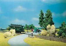 FALLER HO SCALE 1:87 CROSSING WITH WARNING LIGHTS BUILDING KIT | BN | 180630