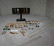 Huge Lot of Vintage Jewelry Monet Napier Vendome Goldette Rivers and More