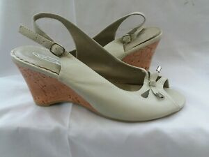 Ladies NEW Size 8 Sling Back Heels by Spot on.