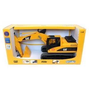 1/16th Caterpillar Excavator by Bruder Plastic 2439