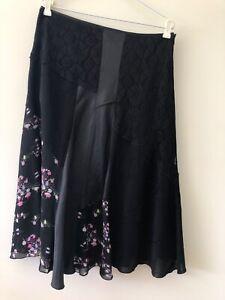 Suzanne Grae Black Satin Lace Floral Print Size 14 A Line Stretch Midi Skirt Zip