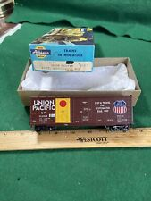HO Gauge Athearn 40' Box Car UP Grain Nice (KJT429)